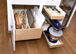 Rollout Kitchen Storage Options